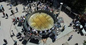 Edirne'de dev tavada 2 ton ciğer pişirildi