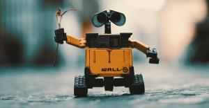 """""""Robotların yapamayacağı işlere odaklanılmalı"""""""