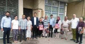 Ataşehirli Öğrencilerin İlk Hediyesi Başkan Özcan'dan