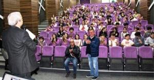 Ferhat Özen, Ataşehir Uğur Okullarına Konuk Oldu