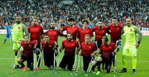 Türkiye, İrlanda'yı 4-0 yenerek çeyrek finale yükseldi.