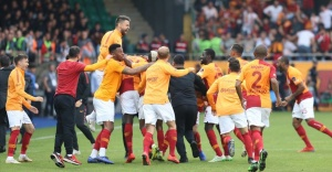 Galatasaray, Çaykur Rizespor'u 3-2 yendi.