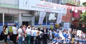 Ataşehir Barbaros Derneği açılışını kurdele keserek gerçekleştirdi.