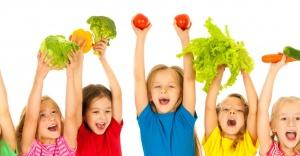 Çocuğuyla sağlıklı ilişki geliştirmek isteyen babalara 8 öneri