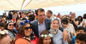 İmamoğlu Maltepeli kadınlarla tekne turunda buluştu