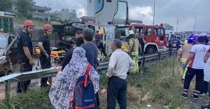 Maltepe'de 8 araç birbirine girdi