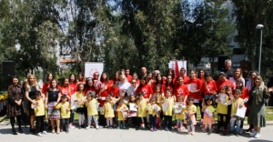 P&G ve Migros'tan Cüneyt Özdemir'in sesinden 'Minik Sporcular' belgeseli