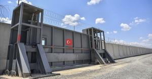 Sınırdaki güvenlik duvarının yüzde 75'i tamamlandı.