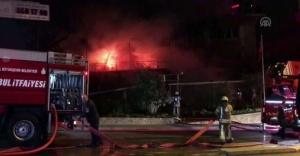 Ataşehir'de korkutan restoran yangını