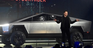 Elon Musk'ın net serveti  bir günde 768 milyon dolar eridi
