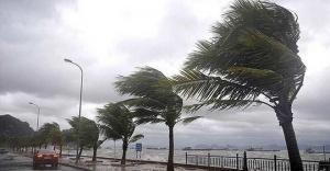 İstanbul'da kötü hava koşulları hayatı olumsuz etkiliyor