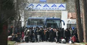 Yunanistan#039;da mülteci paniği!...