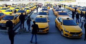 İstanbul#039;da taksicilerden eylem