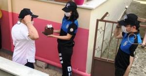 İstanbul Polisi Engelli Vatandaşları Ziyaret Etti