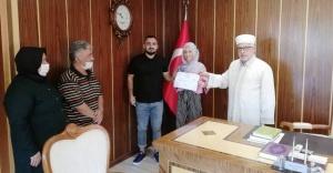 """Ataşehir'de """"Solen BONIN"""" İSLAMI SEÇTİ"""