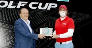 Ataşehir#039;de Golf fırtınası...