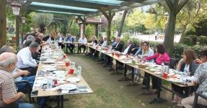 CHP Ataşehir İlçe Başkanlığı muhtarları ve yerel basını ağırladı