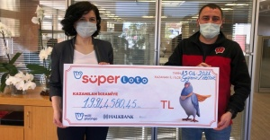 Süper Loto'dan 19 milyon 944 bin 580 TL'lik talihli çekini teslim aldı