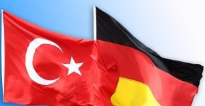 Uluslararası Hak Arama Derneği (UHAD) Alman Yetkilileriyle Buluşacak