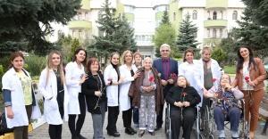 Ataşehir Belediyesi, Yaşlıları  unutmadı
