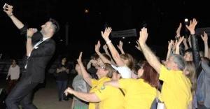 Ataşehir'de Bahar şenliği gençleri coşturdu