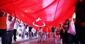 """Samsun'da  """"1919 metrelik bayrağın altında 20 bin kişi"""""""