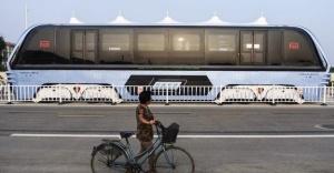 Geleceğin otobüsü '2 bacaklı' bu dev mi?
