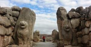 3 bin 300 yıllık gizli geçit ortaya çıktı
