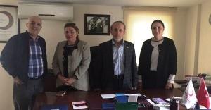 Ak Parti Ataşehir Kadın Kollarından Ataşehir Kızılay'a Ziyaret