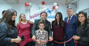 Bağımsız Mutluluk Merkezi kapılarını açtı