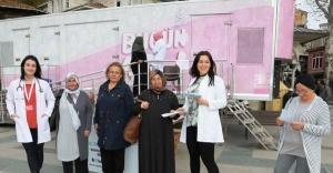Beykoz'da Pembe Karavan Kanserden Koruyor
