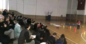 Ataşehir'de Fiziksel Etkinlik ve Geleneksel Çocuk Oyunları Semineri Yapıldı.