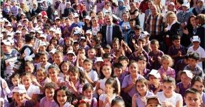 Başkan Dinç'ten Öğrencilere Karne Mesajı