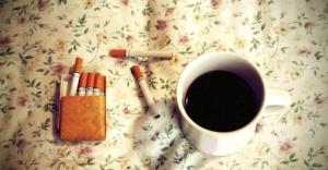 Kafein ve nikotin tüketiminin fazlası duygularımızla oynuyor