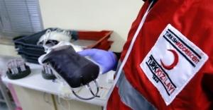 Kızılay'a rekor kan bağışı