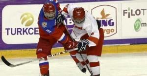 Buz hokeyinde Rusya'ya 42-0 mağlup oldu
