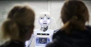 Soru Soran Yeni Robot Yazılım Gerçekleştirildi