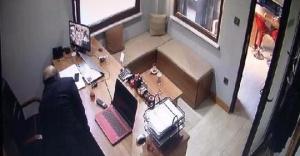Ataşehir'de bir oto galerideki hırsızlık kameraya yansıdı