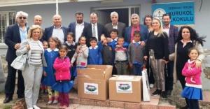 AYEDER, 23 Nisan'da Ezincanlı Çocukları Sevindirdi