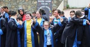 Ümraniye'de Otizmli Çocuklar İçin Kep Töreni Düzenlendi