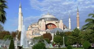 Yunanistan'dan Türkiye'ye Ayasofya tepkisi