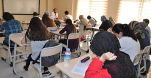 Ümraniye Belediyesi Üniversiteli Yapıyor