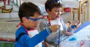 Ataşehir'de Çocuklar Sihirli Macunlar Yaptılar