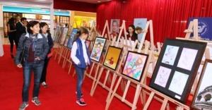 Çocuklar, düşleriyle boyadıkları resimleri sergileyecek