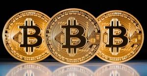 Bitcoin fiyatlarında tarihi düşüş