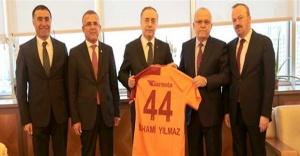 Galatasaray yönetimi, Ataşehir Belediyesi'ni ziyaret etti
