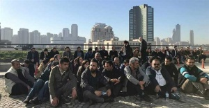 Ataşehir Belediyesi taşeron işçileri oturma eylemi başlattı.
