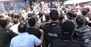Ataşehir'de Servisçiler eylem yaptı