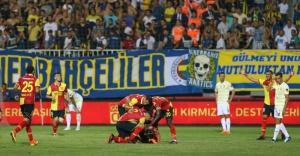 Fenerbahçe Göztepe'ye mağlup oldu