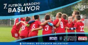 7. Futbol Akademisi Başlıyor